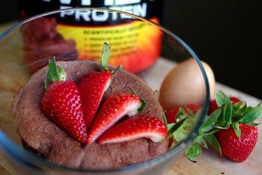 Rýchly proteínový koláčik z mikrovlnky