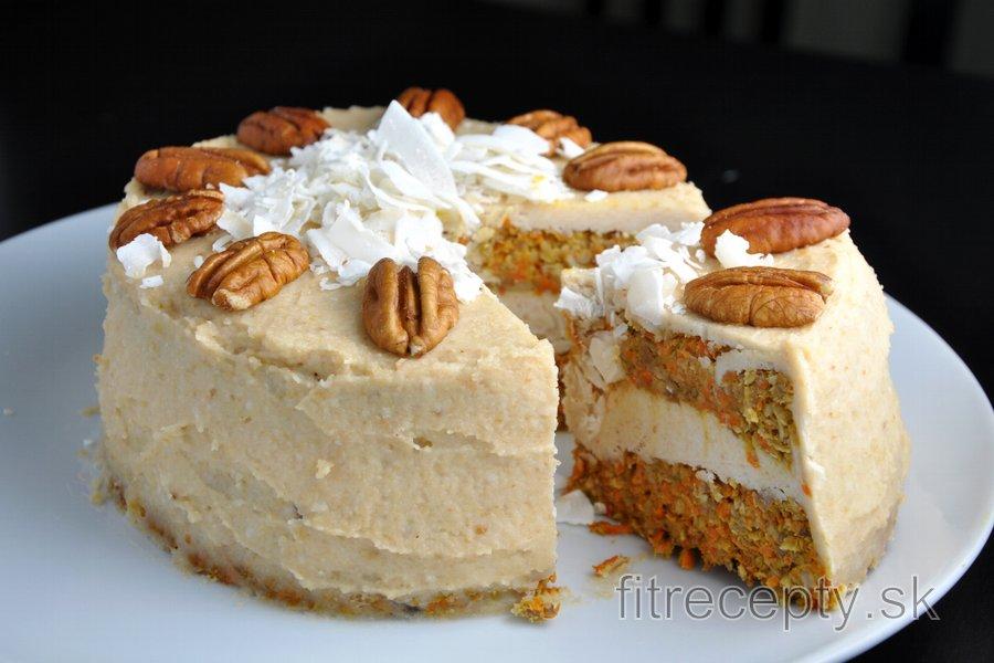 Mrkvová torta s kokosovým kešu krémom - bez múky a cukru