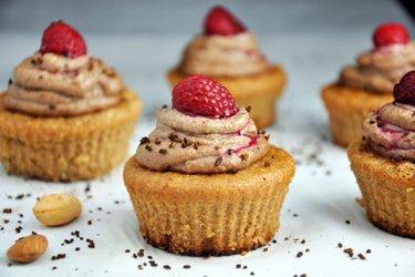 Mandľové cupcakes s kávovým kešu krémom (bez múky)