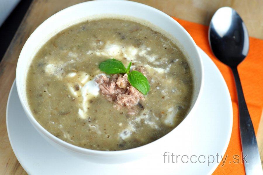 Hubovo zemiaková polievka (aj s tuniakom)