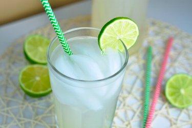Osviežujúca limetkovo-zázvorová limonáda