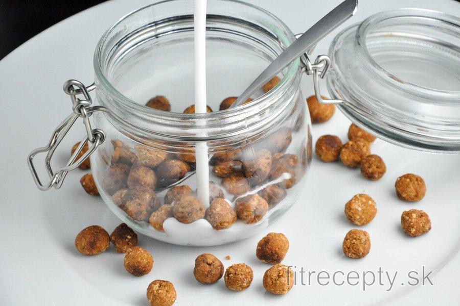 Zdravé cereálne guličky (vanilkové/kakaové)