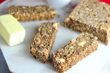Ovseno-semienkový chlieb bez múky