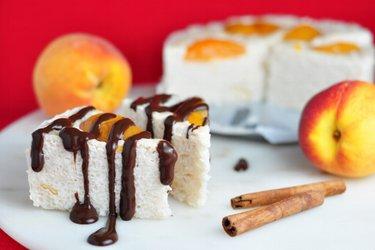 Nepečený ryžovo-tvarohový koláč
