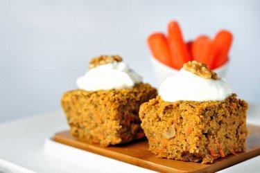 Zdravý ovsený mrkvový koláč
