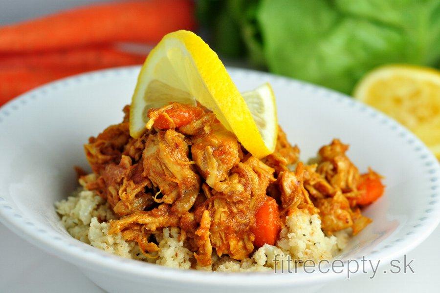 """Nízkosacharidové kuracie prsia s mrkvou a karfiólovou """"ryžou"""""""