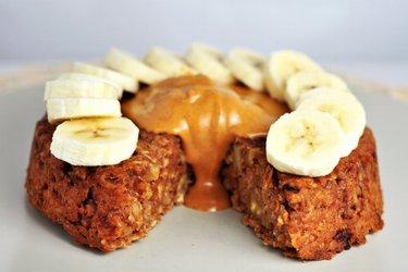 Zdravý ovseno-orechový koláč