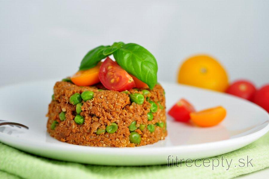 Quinoa s mletým morčacím mäsom a hráškom
