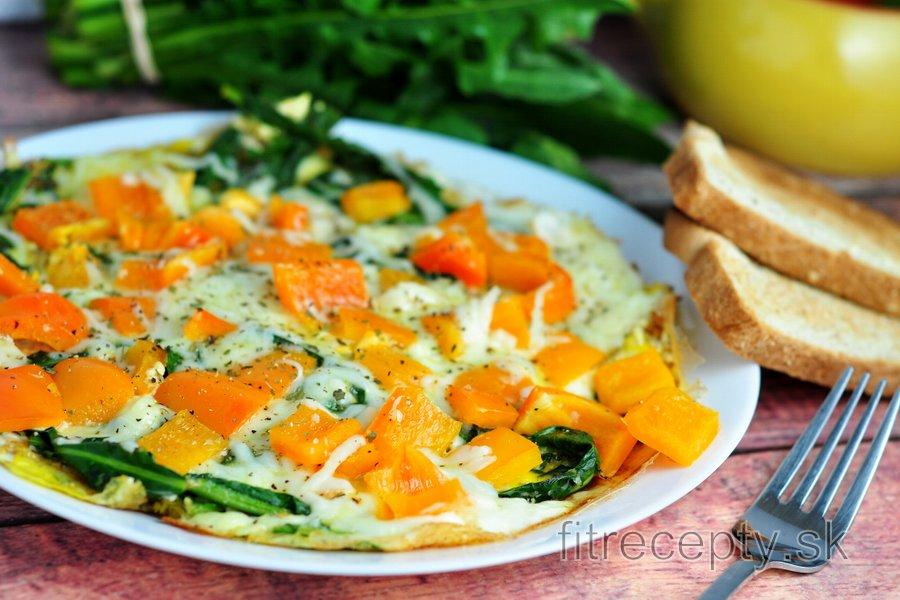 Omeleta s medvedím cesnakom alebo púpavovými listami a paprikou