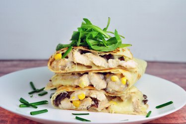 Kuracie so šampiňónmi v celozrnnej tortille