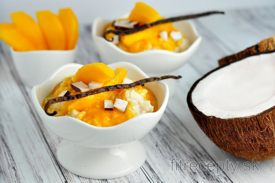 Zdravá vanilková mliečna ryža s mangom