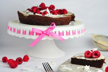 Čoko torta s malinami