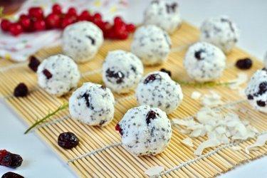 Snehové guľky s kokosom