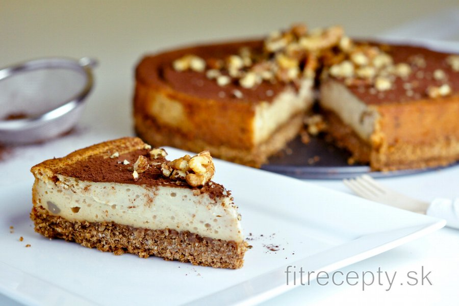 Fit gaštanovo-medový cheesecake