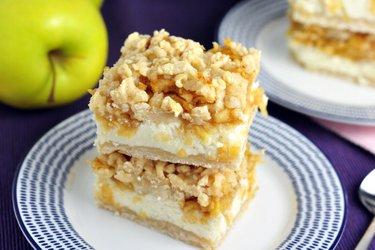 Fit strúhaný jablkovo-tvarohový koláč