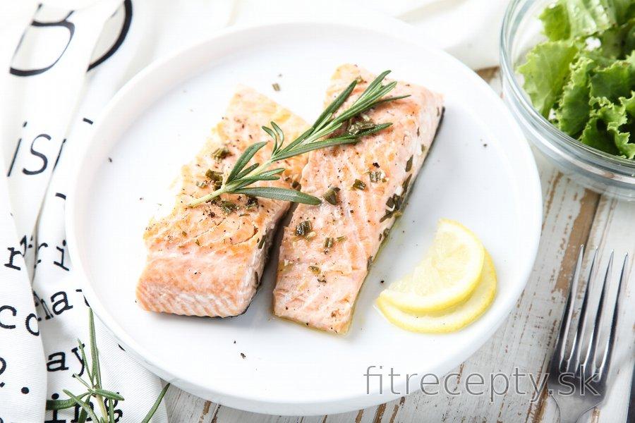 Fit citrónovo-rozmarínový losos