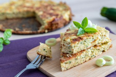 Slaný fit cuketový koláč s cottage cheese