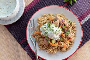 Kuracie mäso so špargľou, quinoou a tymiánom