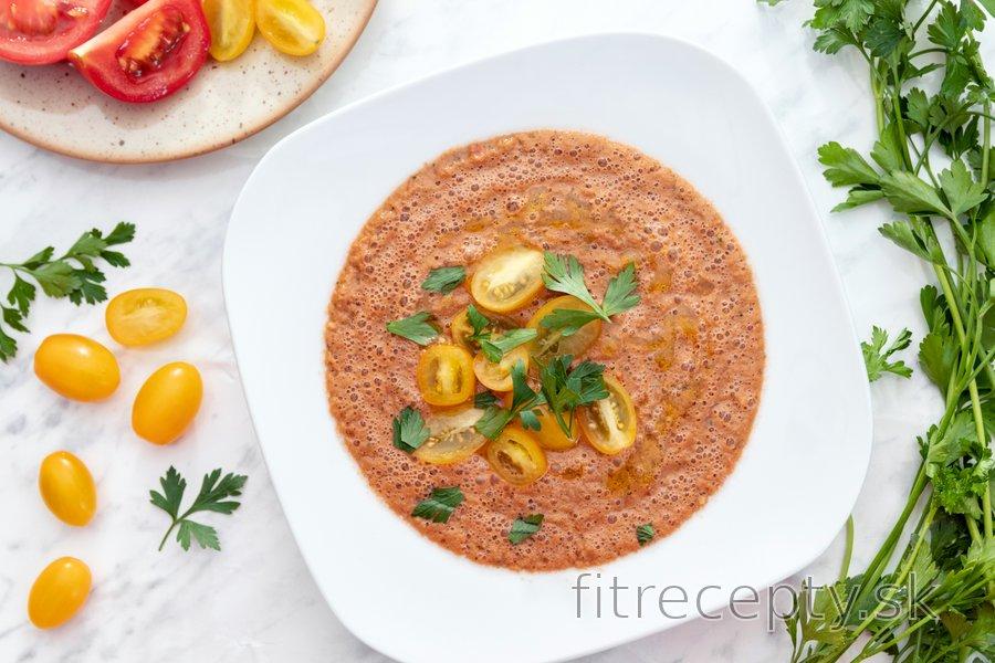 Jednoduchá gazpacho polievka - studená