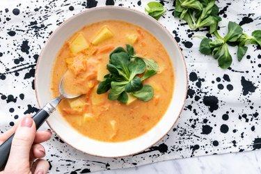 Bryndzová polievka so zemiakmi
