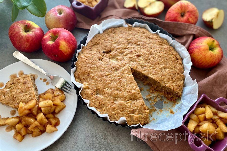 Jednoduchý, zdravý jablkový koláč